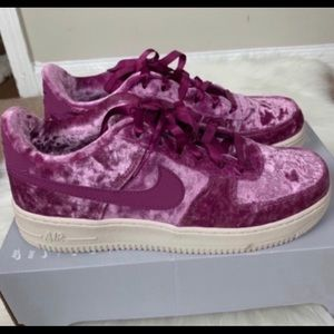 Nike Air Force 1 LV8 Youth Size 6.5 New